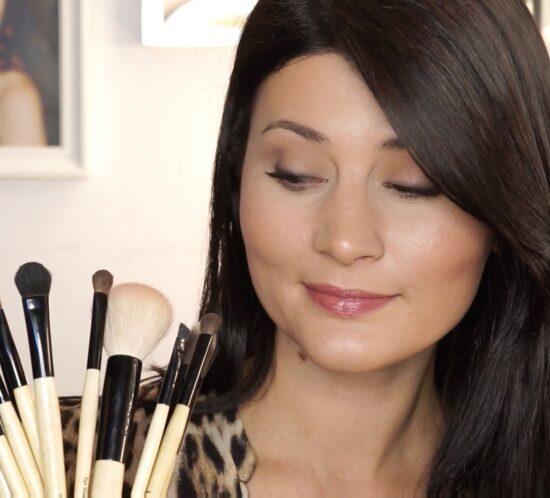 Ep. 2: BOBBI BROWN Makeup Tutorial   Pensule & Palette Makeup  Demo & Review