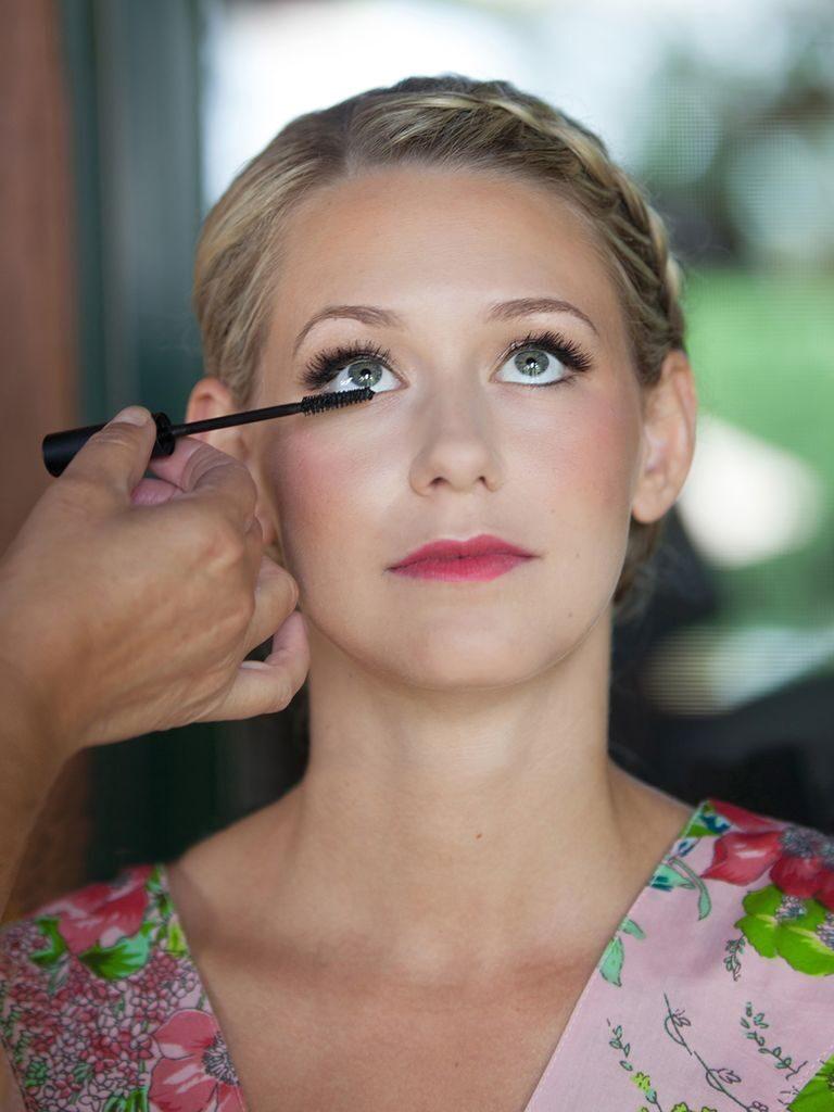 15 Tipuri de machiaje ideale pentru miresele cu parul blond