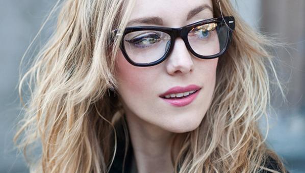 Machiajul pentru doamnele cu ochelari